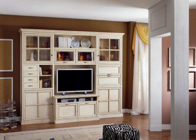Arredamenti per il soggiorno su misura b p beretta for Mobili per salotto classici